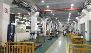 金型製作 工場
