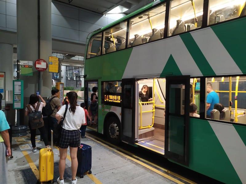 珠海マカオ香港大橋バス